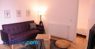 Urbanika Living - Unirii 3 - Bukarest - Wohnzimmer