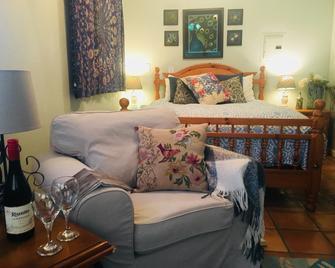 Morning Song Farm - Fallbrook - Bedroom