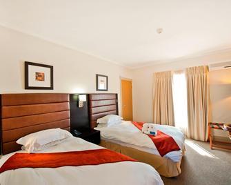 Protea Hotel by Marriott Walvis Bay - Валвіс-Бей - Bedroom