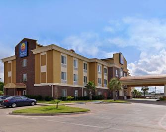 Comfort Inn & Suites - Mexia - Building