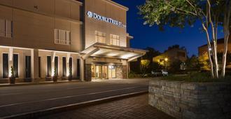 DoubleTree by Hilton Raleigh - Brownstone - University - Raleigh - Edificio