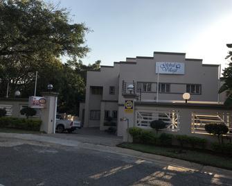 Global Village Guest House - Mbombela - Building