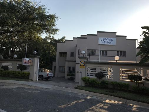 Global Village Guest House - Mbombela - Toà nhà