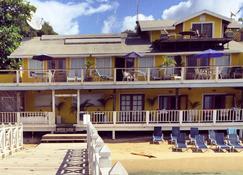 海灘屋精品酒店 - 羅坦島 - West End - 建築