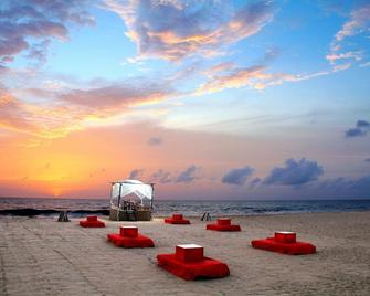Jetwing Beach - Negombo - Beach