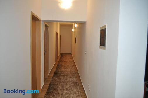 Guesthouse Bakarac - Bakarac - Hallway