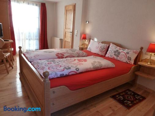 Pfälzer Landhotel Heinrich - Bad Duerkheim - Bedroom