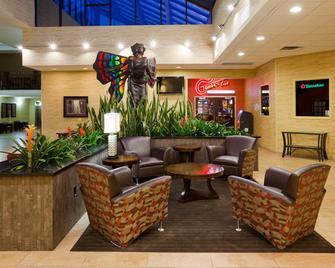 Holiday Inn Austin Conference Center - Austin - Lobby