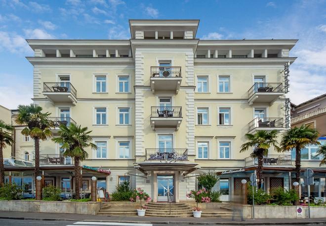 Hotel Galeb - Opatija - Rakennus