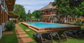 Scent of Green Papaya Resort - Panglao
