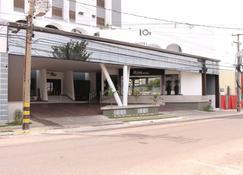 Rios Hotel - Rondonópolis - Building