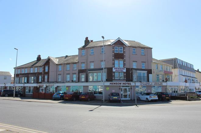 Henson Hotel - Blackpool - Building