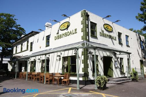The Dibbinsdale Inn - Wirral - Building