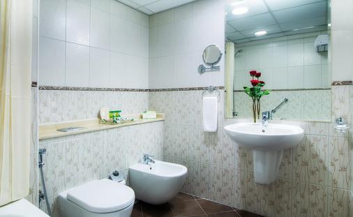 杜拜碼頭杜斯特酒店 - 杜拜 - 杜拜 - 浴室