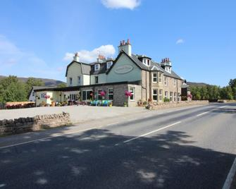 The Rowan Tree Country Hotel - Aviemore - Building