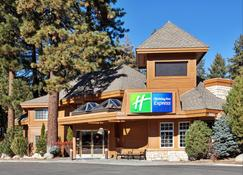 Holiday Inn Express South Lake Tahoe - South Lake Tahoe - Building