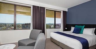 曼特拉麥克阿瑟酒店 - 坎培拉 - 臥室