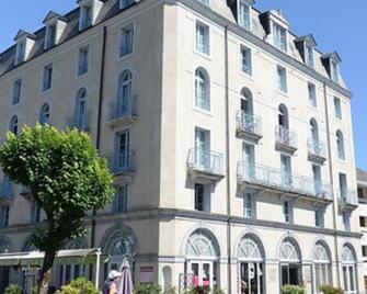 La Residence Des Thermes - Баньєр-де-Бігорр - Building