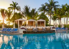 Loews Miami Beach Hotel - Miami Beach - Piscina