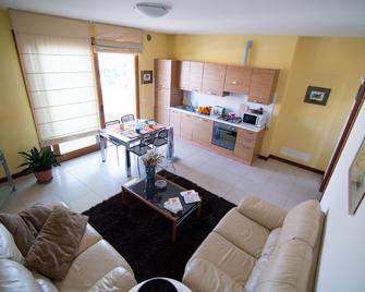 Residence Bonisiolo - Mogliano Veneto - Living room