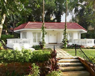 Taj Fort Aguada Resort & Spa, Goa - Candolim - Building