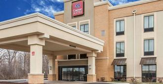 Comfort Suites Youngstown North - Youngstown