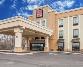 Comfort Suites Youngstown North - Youngstown - Rakennus
