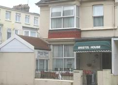 Bristol House - Guest House - Paignton - Building