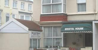 Bristol House - Guest House - Paignton - Rakennus
