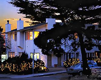Carmel Wayfarer Inn - Carmel-by-the-Sea - Building