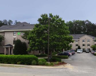 Extended Stay America - Raleigh - Cary - Regency Parkway North - Cary - Building