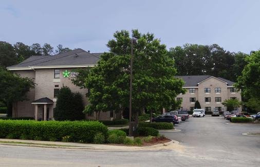 Extended Stay America - Raleigh - Cary - Regency Parkway N - Cary - Building