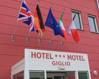 Hotel Motel Giglio - Viadana - Gebouw