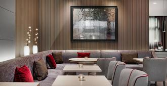 AC Hotel Bologna by Marriott - Bologna - Oleskelutila