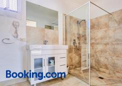 Wintersun Gardens Motel - Bicheno - Bathroom