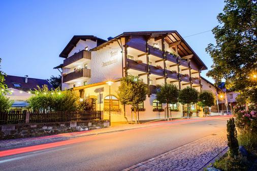 Best Western Hotel Antoniushof - Schönberg (Niederbayern) - Building