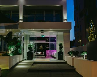 The Ciao Stelio Deluxe Hotel - Larnaka - Building