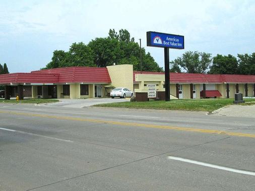 Americas Best Value Inn Webster City - Webster City - Gebäude