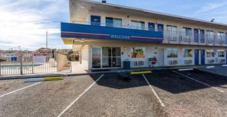 Motel 6 Needles - Needles - Gebäude