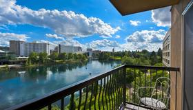 Oxford Suites Downtown Spokane - Spokane - Balkon