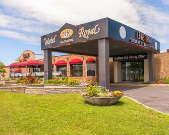 Motel Royal Labarre - Longueuil - Building