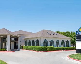 Days Inn by Wyndham Amarillo - Medical Center - Amarillo - Building