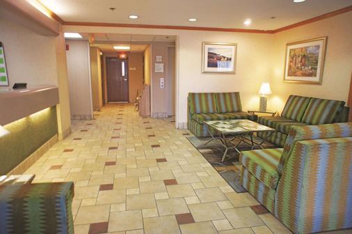 西艾爾帕索巴特利特拉金塔旅館及套房酒店 - 埃爾帕索 - 埃爾帕索 - 大廳