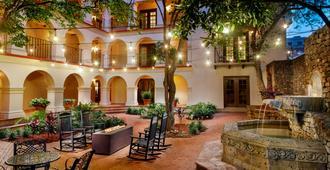 Omni La Mansion del Rio - סן אנטוניו - פטיו