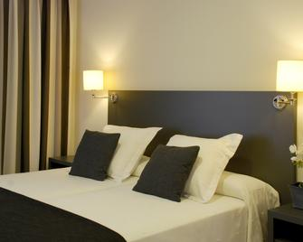 Hotel Los Robles - Gandia - Bedroom