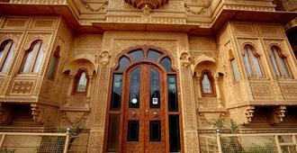 Hotel Royal Haveli - ג'יסלמר