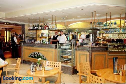 Hotel Restaurant Bismarckturm - Aachen - Bar