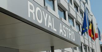 Hotel Royal Astrid - אוסטנד - בניין