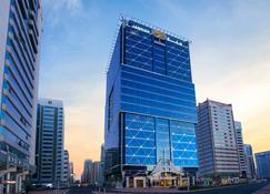 Jannah Burj Al Sarab - Abu Dhabi - Bygning