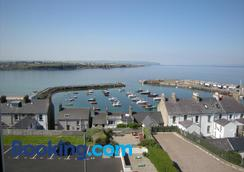 Ashlea House - Portrush - Outdoor view